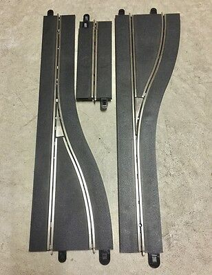 Scalextric – Digital Pit Lane Track - left and right plus 2 single lane straight