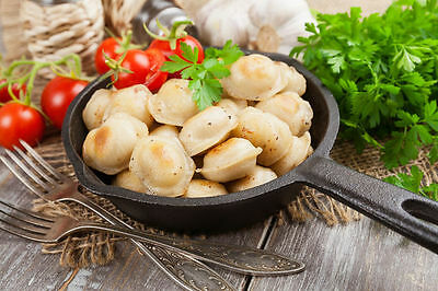 RAVIOLI DUMPLING FROM UKRAINE Mold For Russian Pelmeni Meat Dumplings KREPLACH