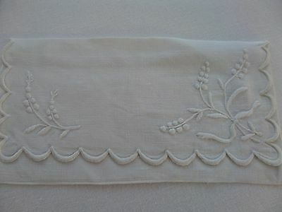 Vintage Handkerchief Case Embroidery White