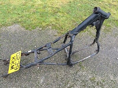 Honda XBR500 Frame + V5   (Breaking Bike)