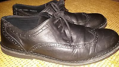 Redtape Black Leather Brogues. Size Uk 9.
