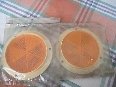 Pair of orange amber trailer reflectors round 3 hole fixing trailer, commercial
