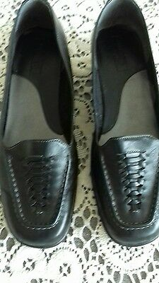 ladies black leather shoes size 7