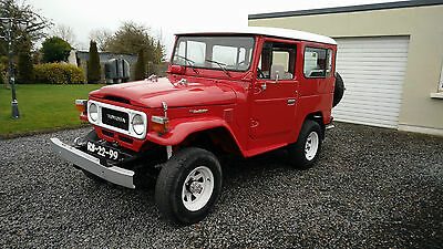 Toyota Landcruiser BJ40 3.0 diesel nut and bolt restored hardtop convertible lhd