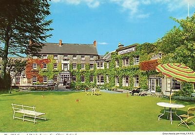 THE OLD GROUND HOTEL ENNIS CO. CLARE IRELAND JOHN HINDE POSTCARD No.2/1105