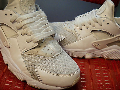 NIKE HUARACHE EUR 42 Us 8.5 Uk 7.5