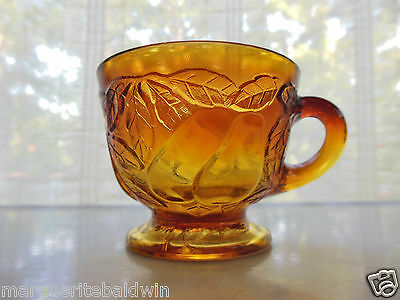 Tiara Indiana Glass Burnt Honey Sweet Pear Avocado Footed 6 oz Cup