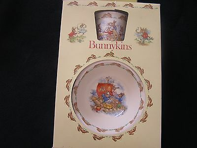 Royal Doulton Bunnykins Childrens Set Made in England 1981