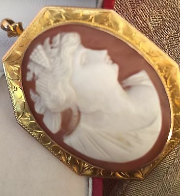 Vintage Art Deco Yellow Gold Shell Cameo. Pretty 10kt