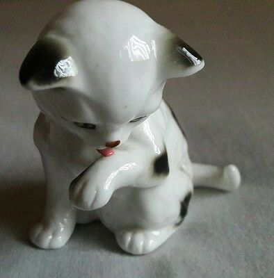 porcelain china cats