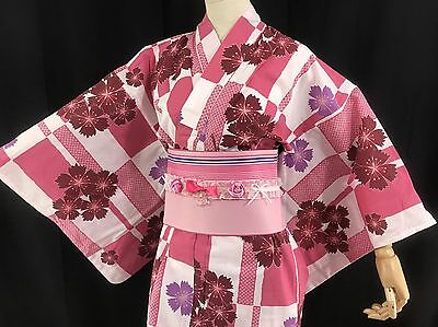 浴衣 Yukata japonais - Rectangles et fleurs - Import direct Japon 1429