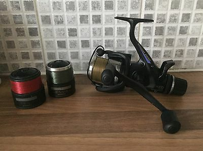 A Superb Shimano Baitrunner Aero 5000GTE with TWO Spare Spools