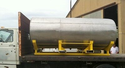 2000 gl storage tank stainless steel horizontal on legs