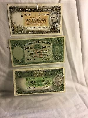 1X Coombs/Wilson 10 shilling note, 2X Coombs/Wilson one pound notes.