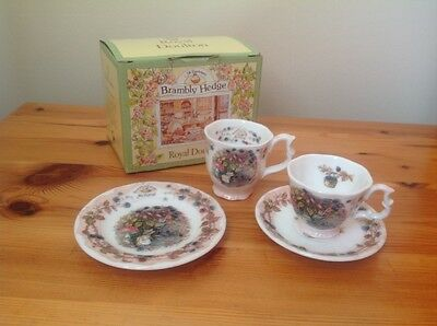 Miniature Brambly Hedge  Royal Doulton Autumn Beaker and tiro cup,saucer&plate