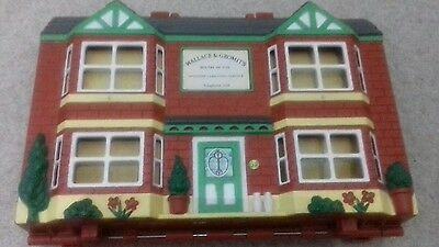Wallace and gromit house