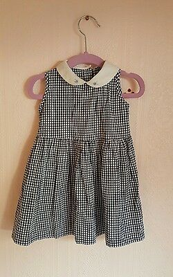 Vintage baby gingham checkered peter pan collar style dress 12-18 months