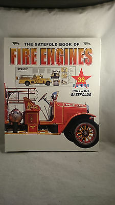 The Gatefold Book of Fire Engines 36 Superb Pull-outs