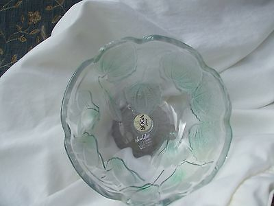 SOGA DISH ON STAND Japanese crystal