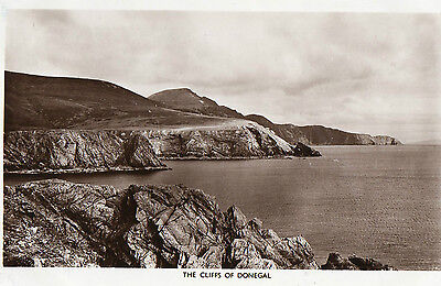 THE CLIFFS OF DONEGAL IRELAND RP POSTCARD by DICKSON'S IRISH SCENES