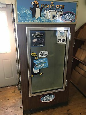 Indoor Glass 2 Door Ice Merchandiser Ice Storage Freezer Reach In Bag Ice