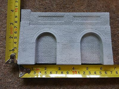 6 X Detailed Model Railway Retaining Wall With Aches For HO / OO New Length 1M07