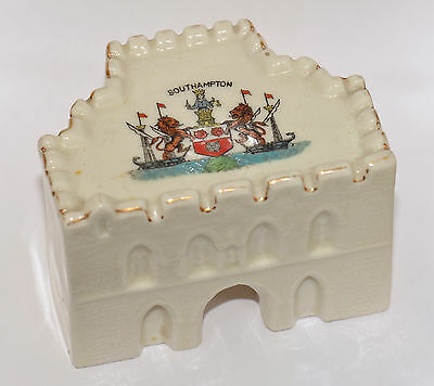 Crested China Southampton Bar Gate Arcadian Matching Crest