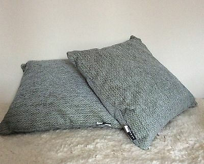 """set of 2 cushion covers 16"""" X 16"""" Zipped New"""