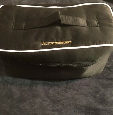 Victoria's Secret Duffle Carry On Overnight Bag Woman Tote Luggage