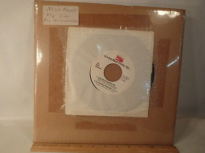 Vintage Enjoy Coca Cola 45 Record It's The Real Thing - UNPLAYED