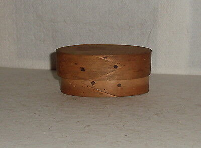 """Vintage Small Oval Box 3&1/2"""" Long"""