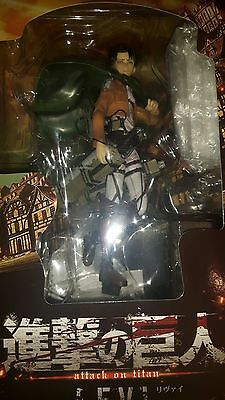 attack on titan levi figurine on top of wall pose swords