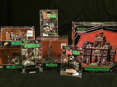 LEMAX Spooky Town Halloween Phantoms Opera House Witches Laundry Day MORE +!