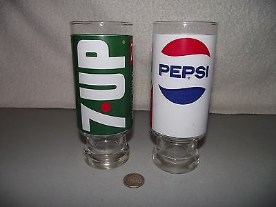 2 - Vintage Drinking Glasses Pepsi Cola and 7UP Uncola Wet & Wild