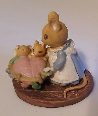 "Vintage Mama & Baby Mice Forest Friends ""All Tucked In"" Miniature Figurine Avon"