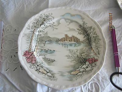 "Alfred Meakin Dinner Plate, ""Queens Castle,"" England"