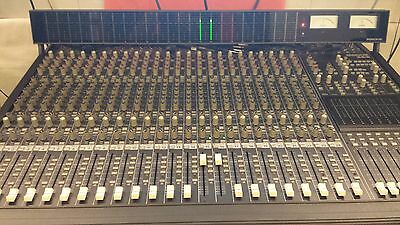 MACKIE 24-8 Mixing Console with Meter Bridge