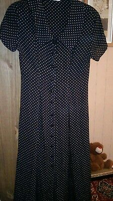 Made in England19.40s Style. VintagePoko Dot dress Vintage