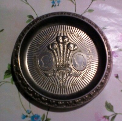 commemorative pewter dish Prince charles Lady Diana Spencer