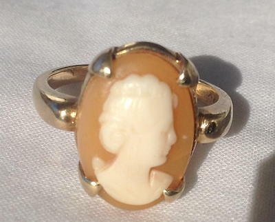Vintage Antique Cameo 14K Yellow Gold Ring Size 6