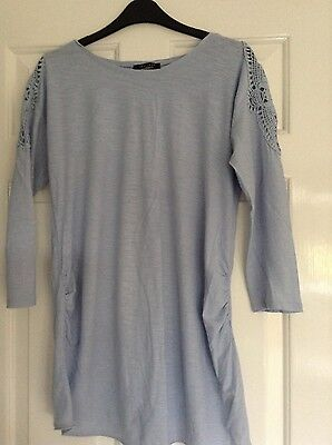 size 8 newlook maternity top