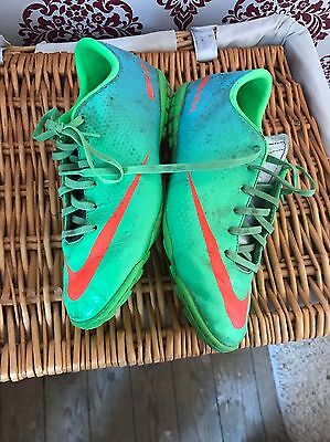nike astro turf trainers Size 4