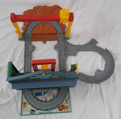 Thomas and Friends SODOR SHIPPING LOAD & GO playset Compact portable Retired