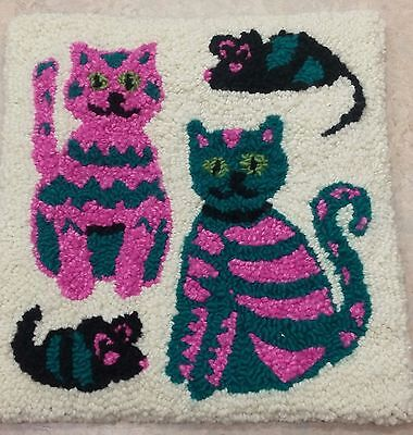 "Rug Hooking Pattern SHELLEY'S KITTIES on Red Dot Fabric 16"" x 16"""
