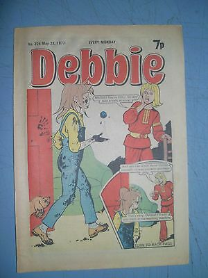 Debbie issue 224 dated May 28 1977