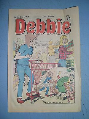 Debbie issue 225 dated June 4 1977