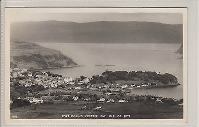 Postcard - OVERLOOKING PORTREE BAY, ISLE OF SKYE - Posted Portree 1960