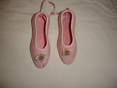 Pair of ceramic ballet pumps 10 cm long