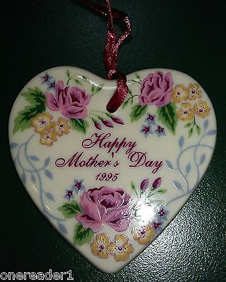 Longaberger 1995 BASKET OF LOVE Mother Mother's Day Basket Tie-On tie on NEW