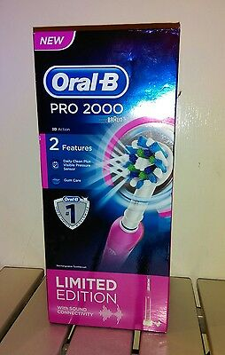Oral-B Pro 2000 Crossaction Electric Rechargeable Toothbrush Powered by Braun